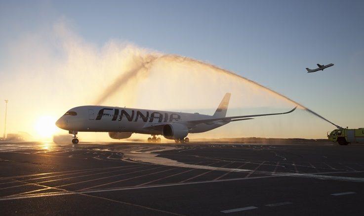 Finnair vähentää